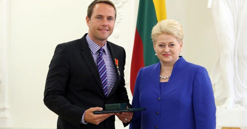 Marius Markevičius ir Prezidentė Dalia Grybauskaitė. Džojos Gundos Barysaitės nuotrauka