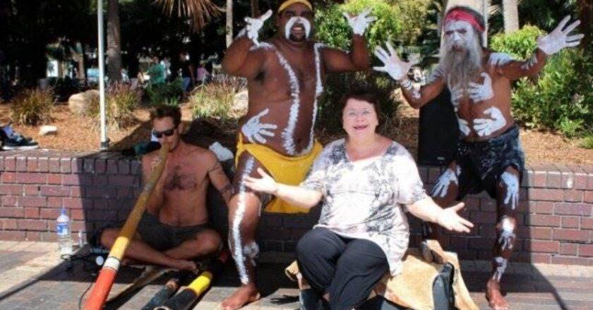 Zita Kelmickaitė, Australijos lietuviai – tolimi ir artimi