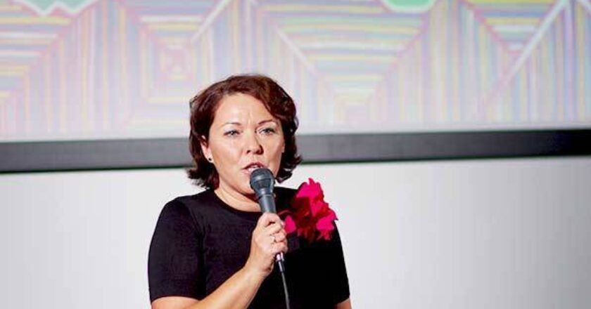in latino, 2014