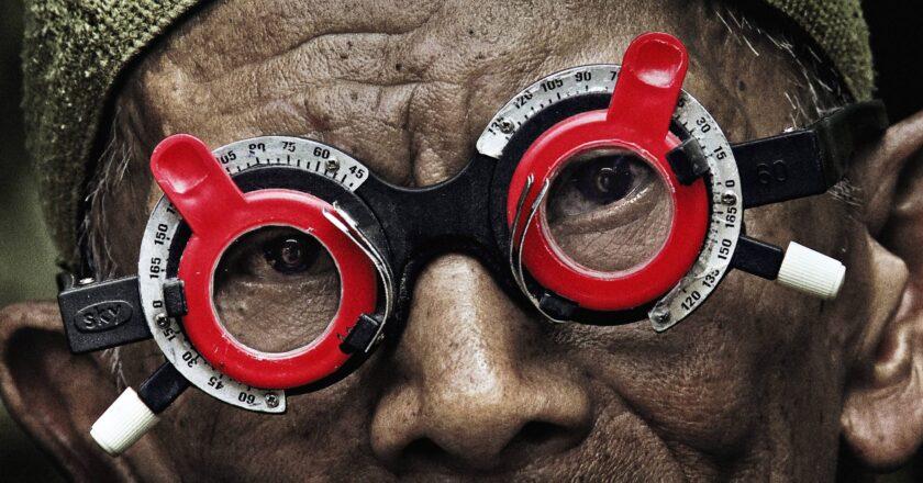 """Kadras iš filmo """"The look of silence"""" Šaltinis - indiewire.com"""