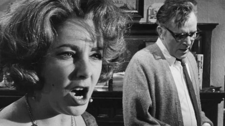 """Kadras iš filmo """"Kas bijo Virdžinijos Vulf?"""" Šaltinis - warnerbros.co.uk"""
