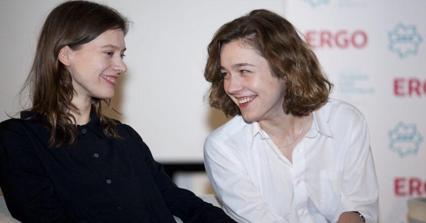 ulija Steponaitytė (kairėje) Ir Aistė Diržiūtė Filmo kūrėjų archyvas