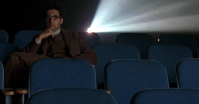 """Kadras iš filmo """"Bartonas Finkas"""" Šaltinis - argenteam.net"""